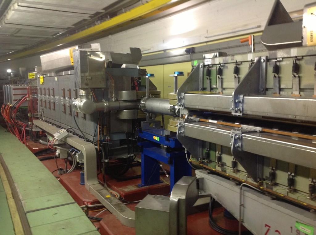 CERN (Acelerador de Partículas de Suiza)